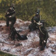 81mm mortar team, as painted by manufacturer